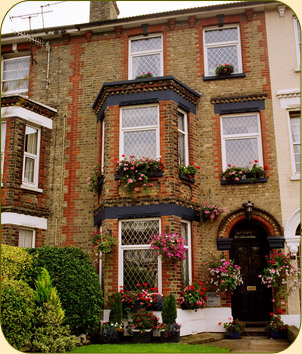 Dover Bed and Breakfast Accommodation - Sandown Guest House